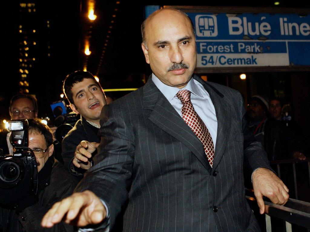 "**ADVANCE FOR SUNDAY, MARCH 2 - FILE** Antoin ""Tony"" Rezko, a fundraiser and political confidant for Gov. Rod Blagojevich, leaves the federal building in Chicago in this Oct. 19, 2006, file photo. Jury selection begins Monday, March 2, 2008, at federal court in Chicago for Rezko who is charged with using political clout to run a multimillion-dollar extortion scheme. (AP Photo/Nam Y. Huh, File)"