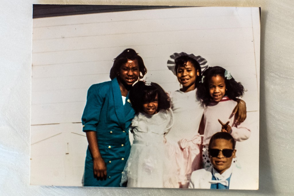 An childhood photo of Devonia Inman with his cousins and sister. His sister, Christy Inman, is in the hat.