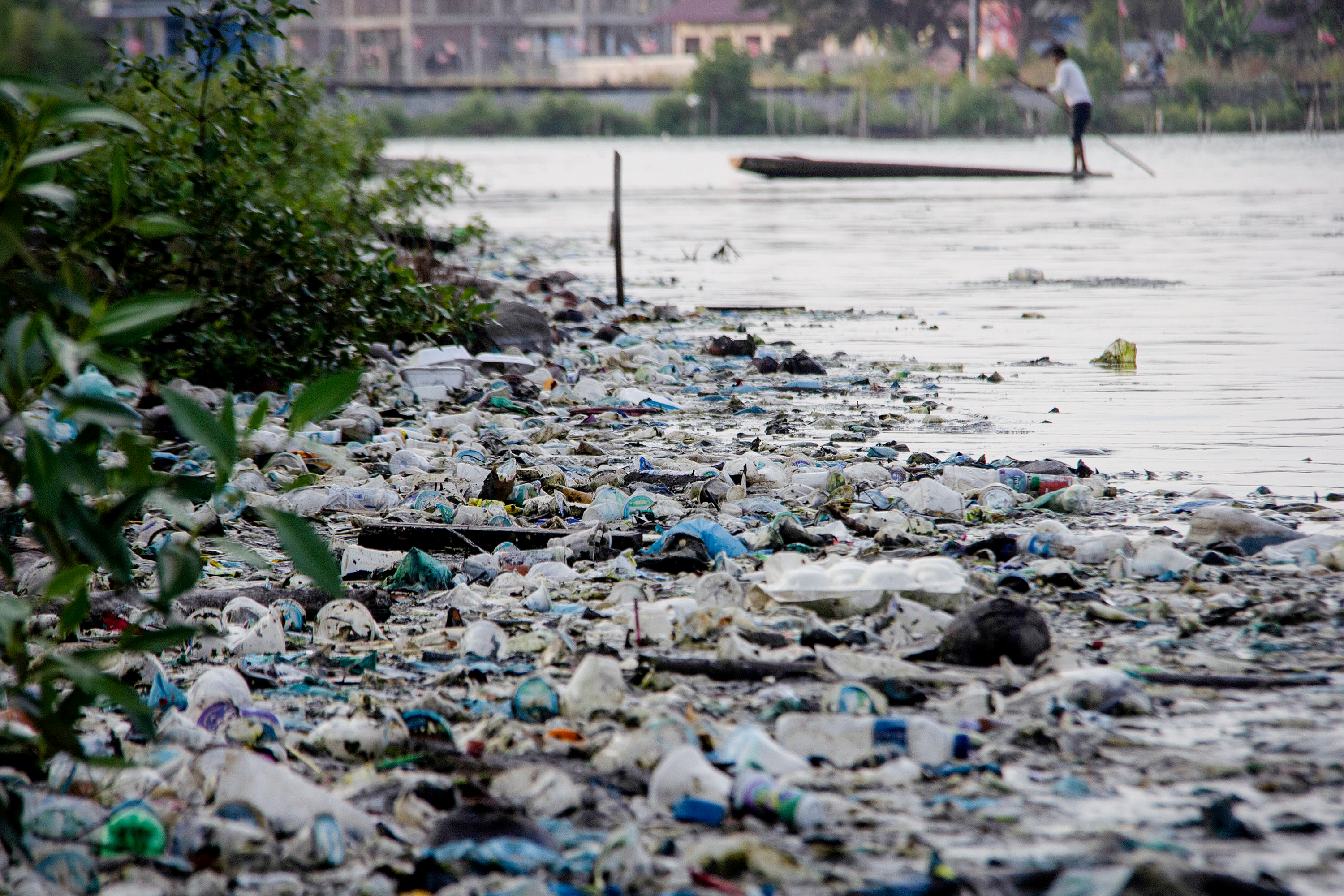 The Ocean Plastics recycling Technology that turn Marine Pollution into Green business in Africa
