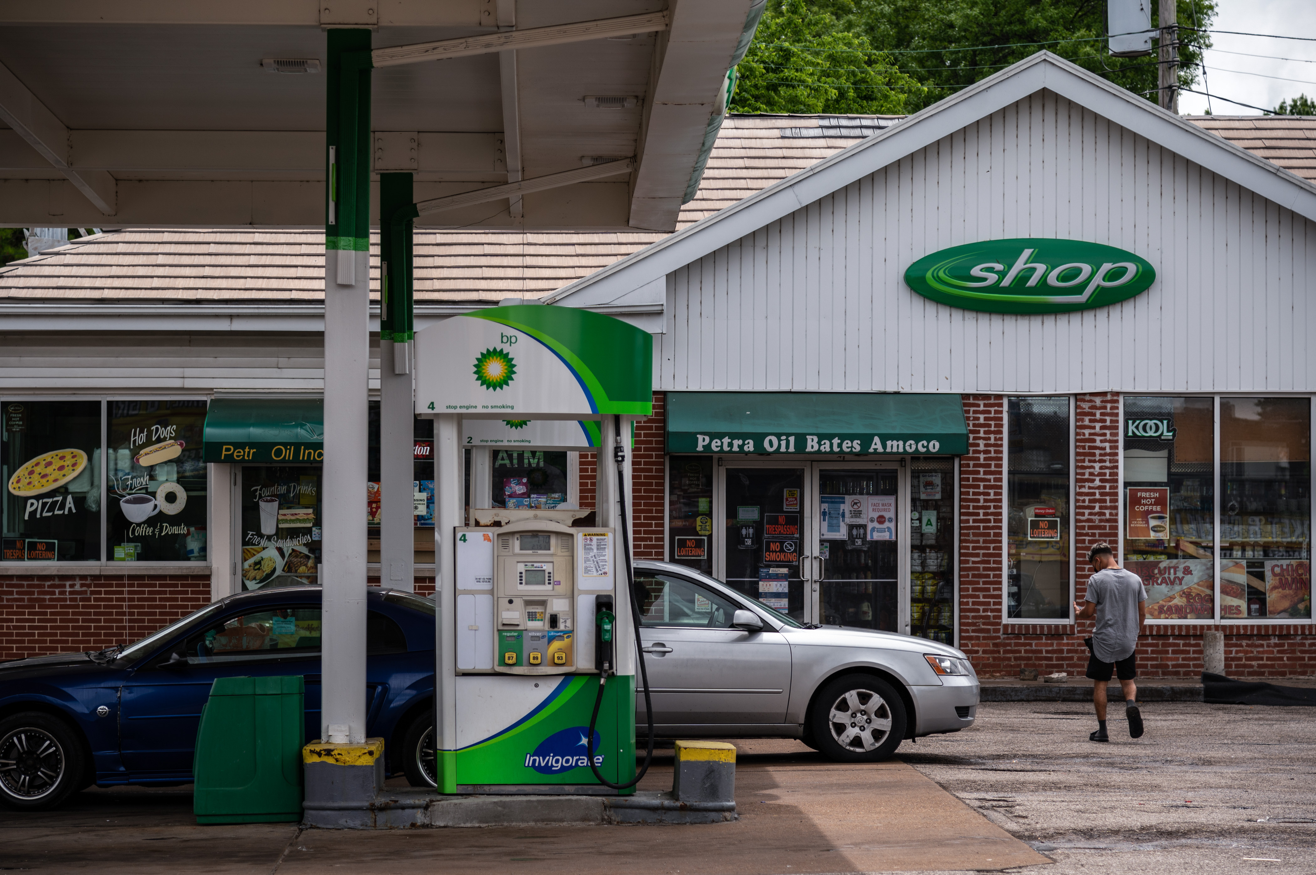 A BP gas station is seen along Bates Avenue on May 17, 2021 in St. Louis, Missouri. Photo by Michael B. Thomas for The Intercept